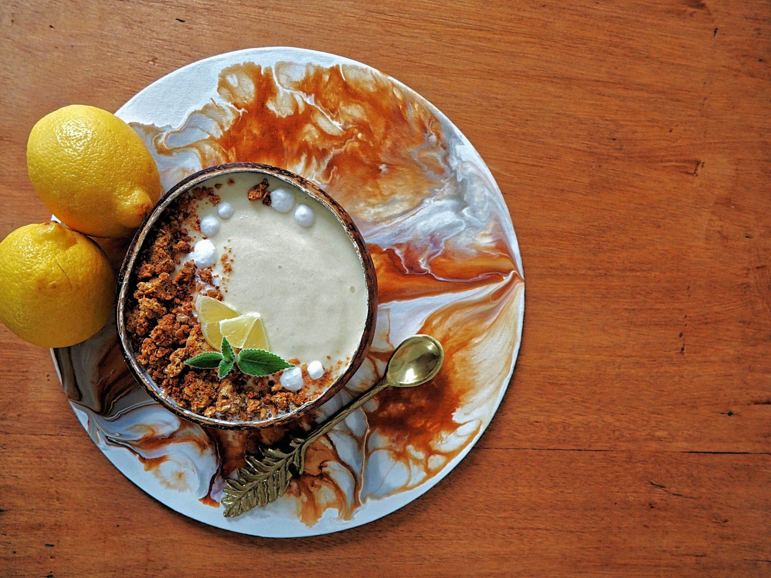Lemon Pie Smoothie Bowl