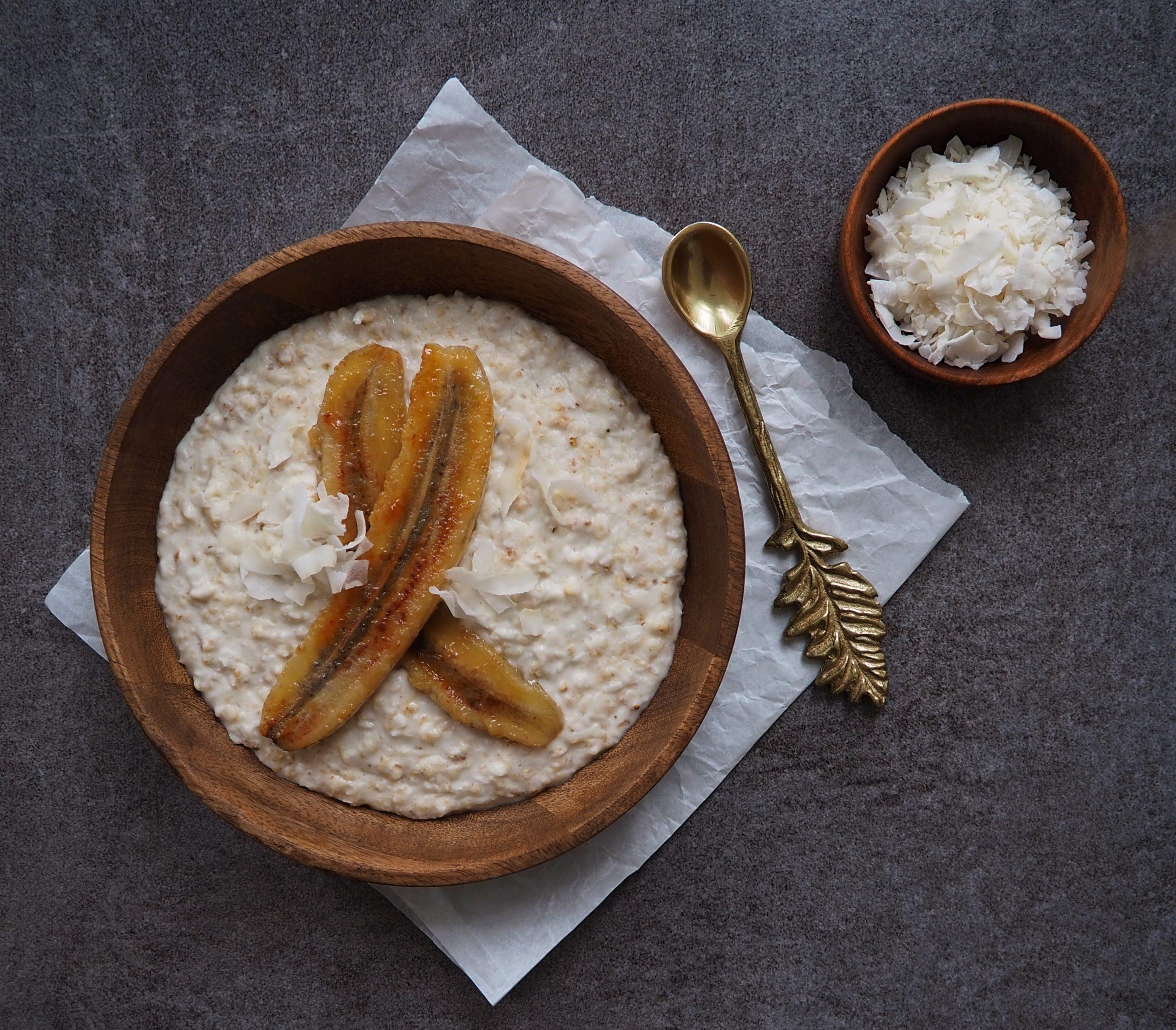 Kokos Porridge mit karamellisierter Banane